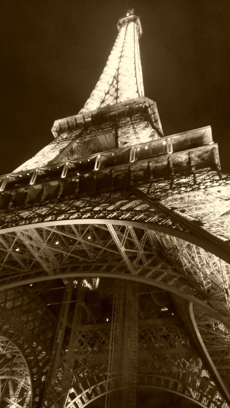 Joyeux Anniversaire La Tour Eiffel The Simply Luxurious