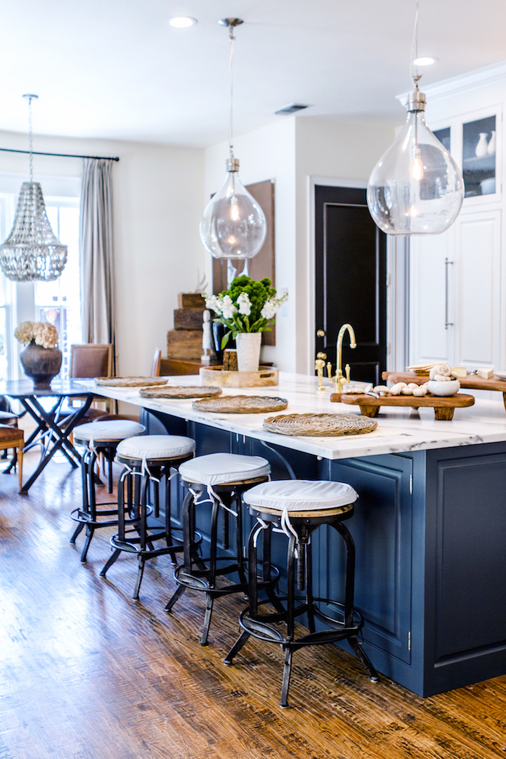 Decor inspiration a go to kitchen the simply luxurious for Kitchen decor inspiration