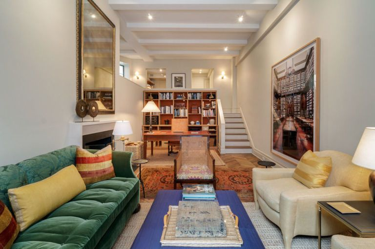 For An Apartment On New York City S Illustrious Park Avenue 71 East 77th Street Why Not Consider Ina Garten And Husband Jeffrey Pied à Terre