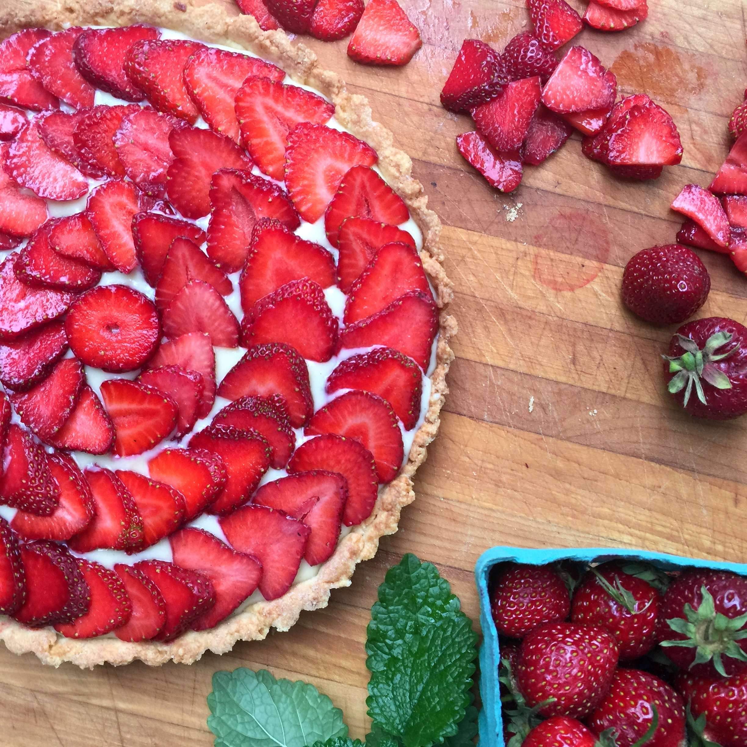 A fresh strawberry tart the simply luxurious life for Simply luxurious life blog